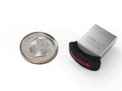 全球最細 128GB USB 3.0 「手指」到港