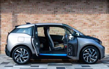 Apple Car 希望以 i3 作藍本?