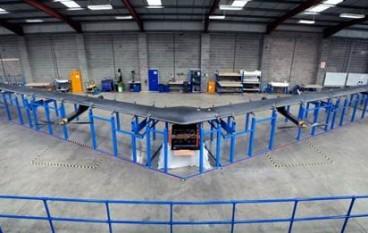 Facebook 實境測試無人機 Aquila、鐳射通訊