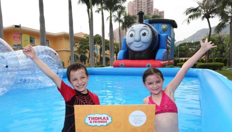 全港最長 20 米 Thomas & Friends 充氣水池登場