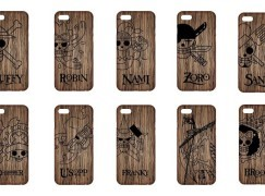 《One Piece》胡桃木製 iPhone Case