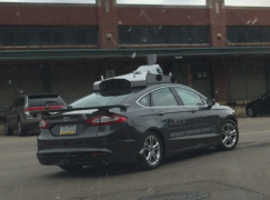 美國野外捕獲疑似 Uber 無人車?
