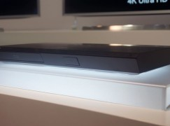 【IFA 2015】Samsung 弧形 4K Blu-ray 光碟機亮相