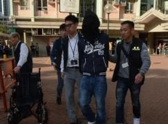 警元朗拘 18 歲男涉騙取 4 部 iPhone