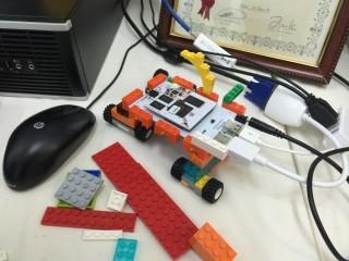 學生可以親手砌出一部電腦,拼砌到自己設計的產品之上。
