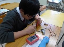 體驗歐姆定律 設計電子作品