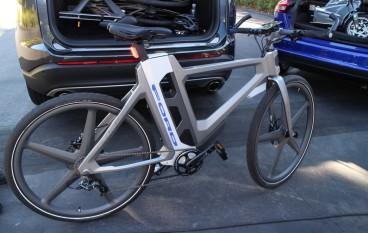 車尾箱塞得入 Ford加推智能單車