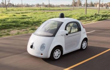 Google 自動車出事兩員工受傷
