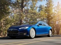 唔夠錢買 Tesla?租住先都得!