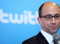 Twitter CEO 最近頻賣股套現