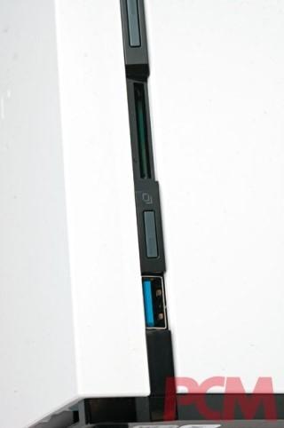 前置 USB 3.0 及 SD 讀卡機。