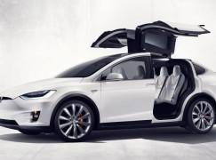 【最爆 SUV】Tesla 發表 Model X 0-60 哩僅 3.2秒