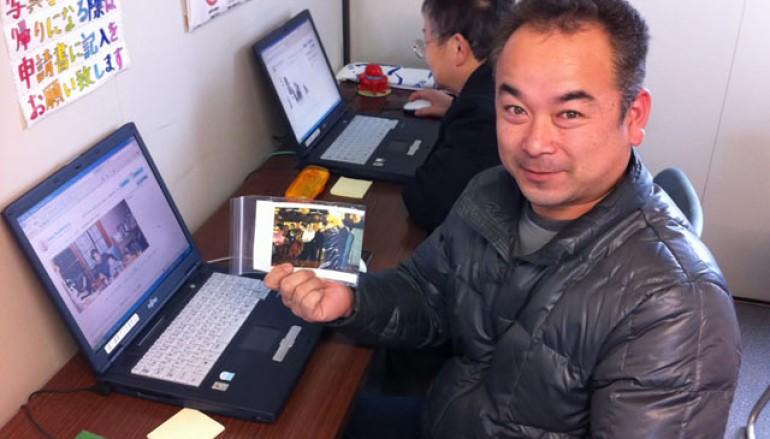為災民找尋相片 四年送回九萬張