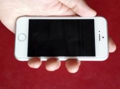 iPhone 6c 棄塑膠玩金屬!