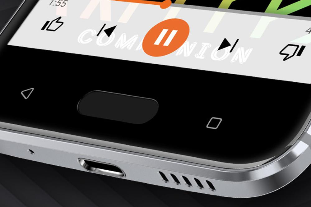 飛走三下巴設計、有指紋辨識功能的實體 Home 鍵,可謂將One A9的優點植入,而且使用 USB-C 介面,支援Quick Charge 3.0 。