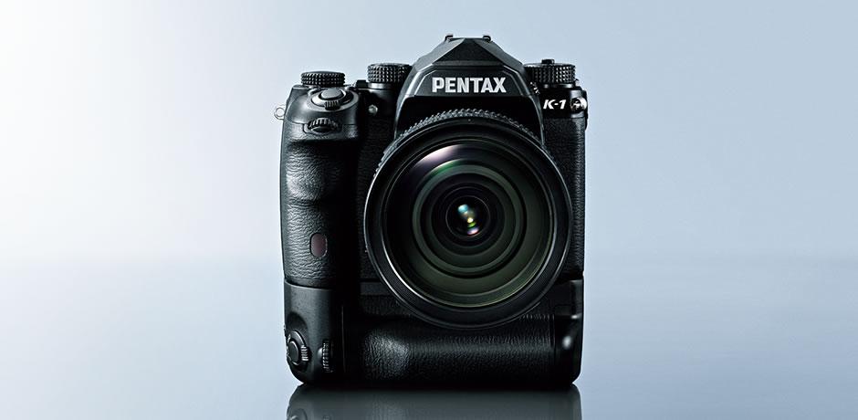 Pentax K-1外形延續了 Pentax 相機的機身設計特色,有防塵防水滴功能。