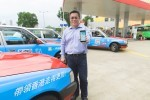 Photo - TNG行政總裁江慶恩先生展示最新推出的「司機專用收款」App