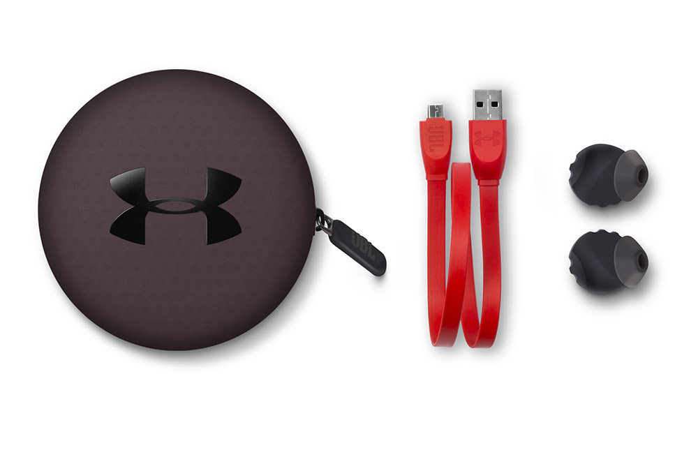 軟膠耳塞以 FlexSoft 專利物料製作。