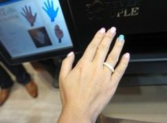 本地珠寶店打印 3D 婚戒試真啲