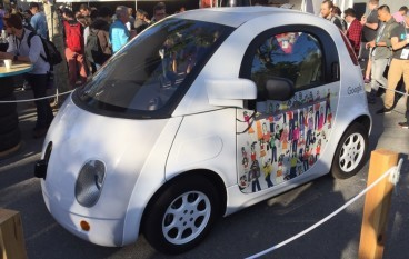 Google 無人駕駛車內部睇真啲