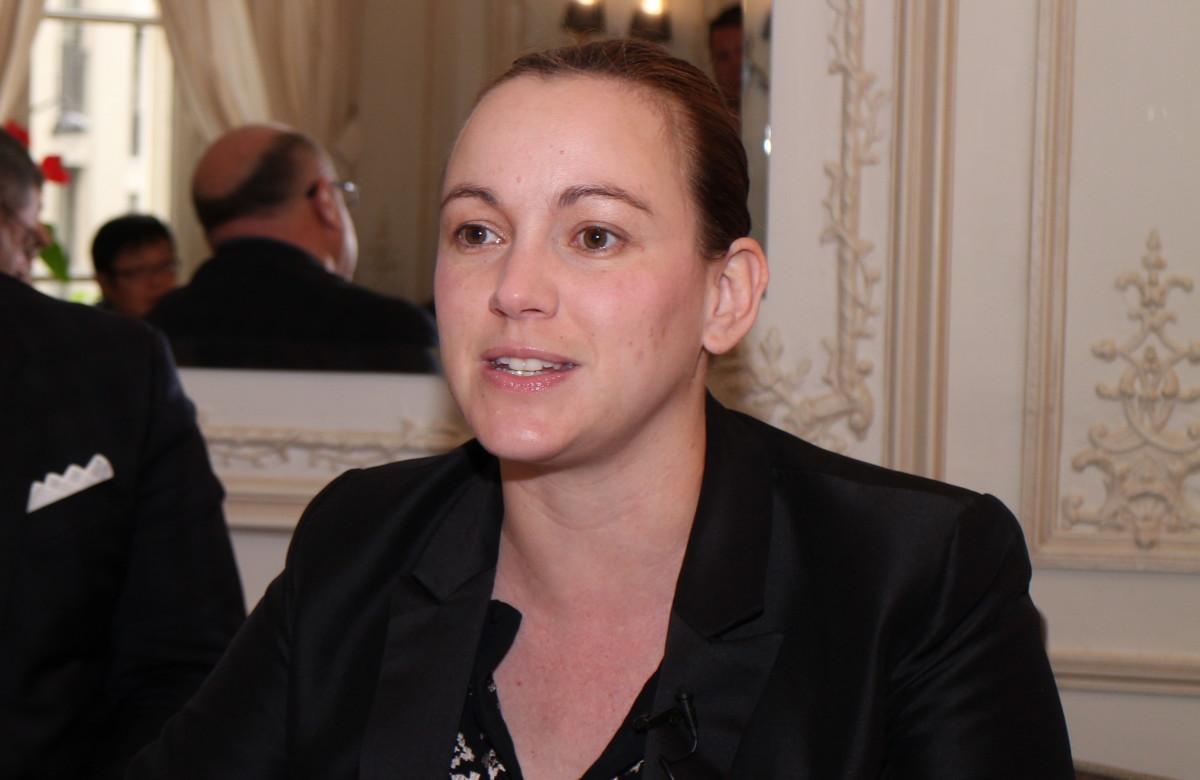 Axelle Lemaire 主理法國數碼部門,認為推動創業有助改善政府民望,更能改善經濟。
