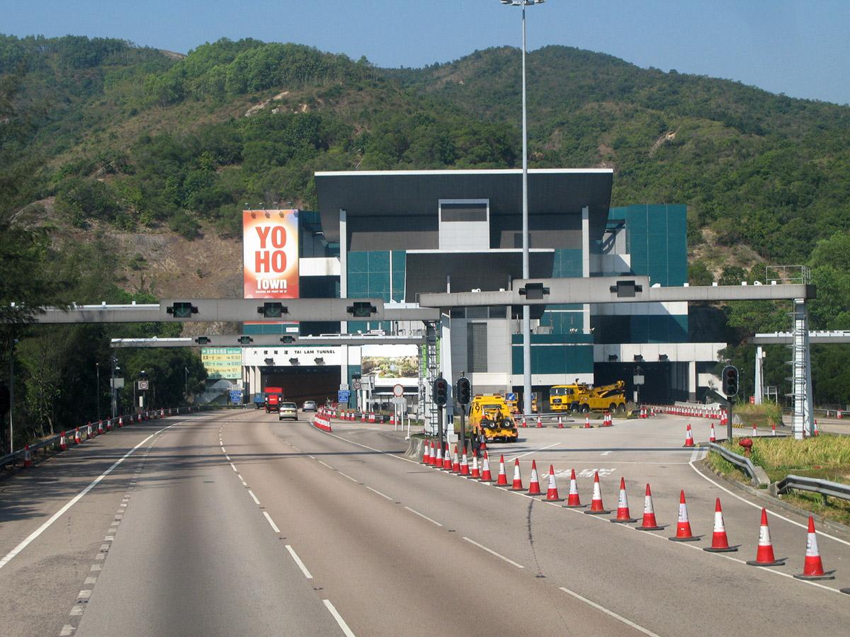 中移動香港話他們係第一間網絡商於港、九及新界共16條主要行車隧道提供4G網絡覆蓋,大家係使用中移動香港4G服務的話,不妨試試佢。