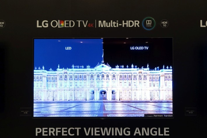 LG 4K HDR OLED TV B6 屬弧屏電視。