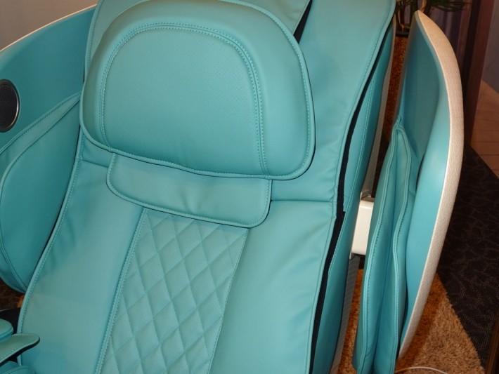 「機艙」位置可按使用者需要調校闊度,設計貼心。