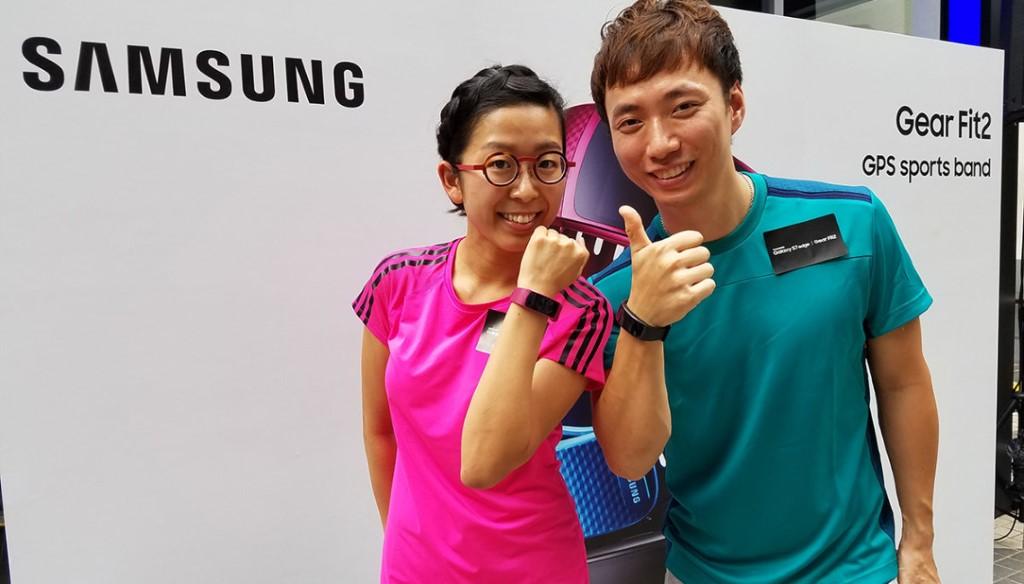 吳安儀胡兆康孖住上撐 Samsung 健身新品