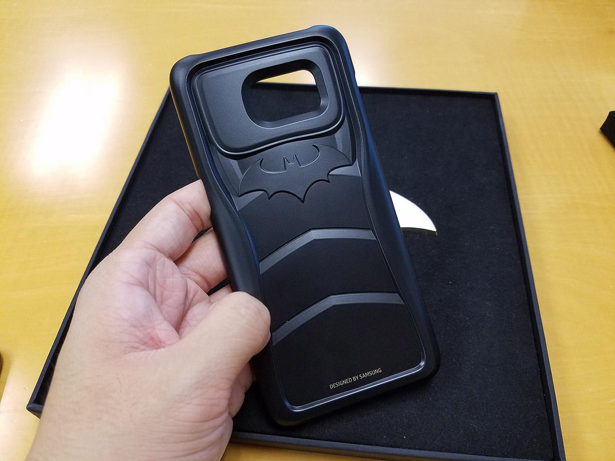 蝙蝠俠裝甲造型手機保護殼,仲要Made in Korea。