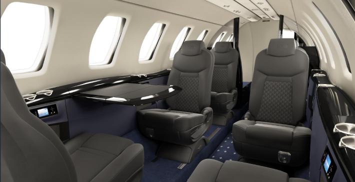 Surf Air 旗下採用 Cessna CJ4 及 Learjet 75 型號客機。