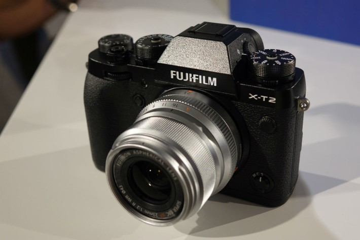 Fujifilm X-T2_23_front