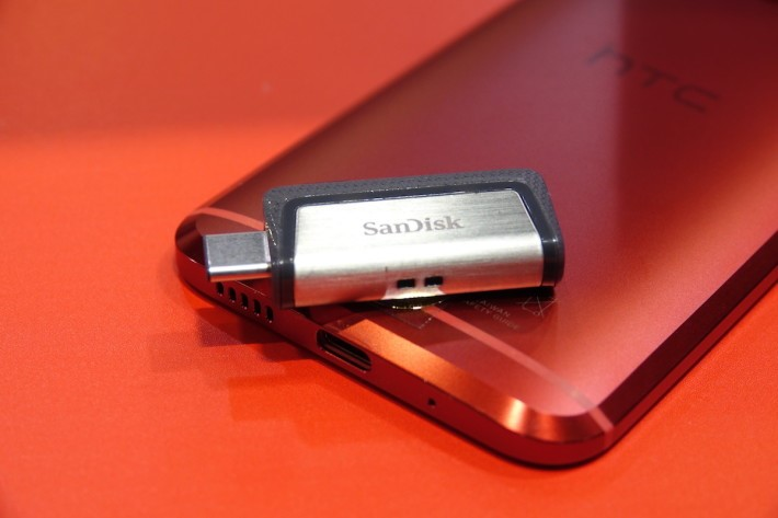 SanDisk USB Type-C OTG 手指