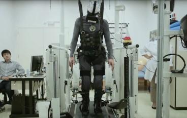 VR 讓你飛,更使癱瘓 13 年的再次行走