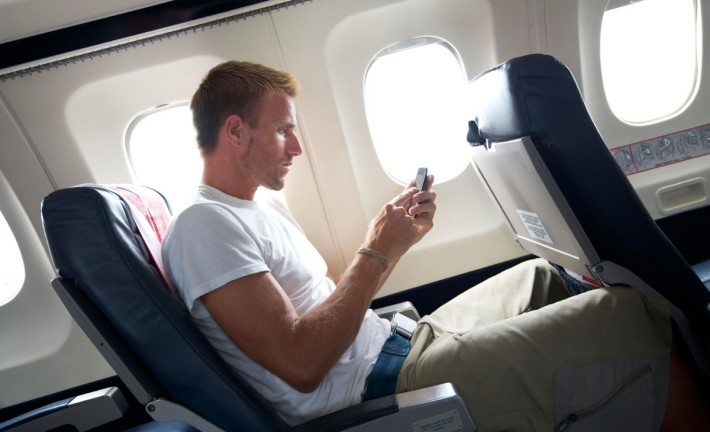 05-13-things-your-pilot-wont-tell-you-cell-phone