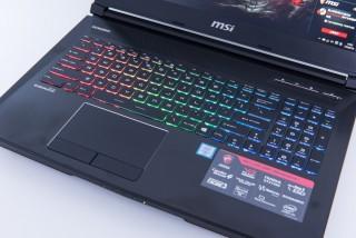 招牌全彩背光鍵盤,觀感亮麗。