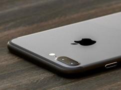 iPhone 7 Plus 相機突然死亡