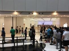 【現場直擊】apm Apple Store 開幕 橙紅 Tee 你點睇?