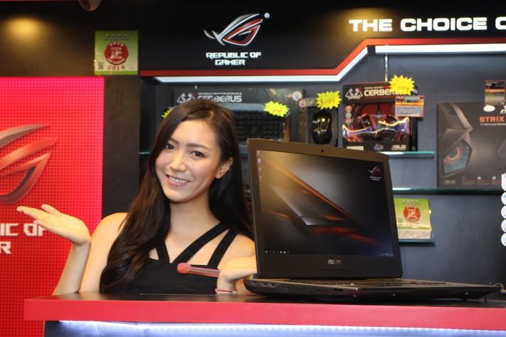 G752VS 具備有先進 GTX 1070 顯示核心,效果直逼桌面電腦。