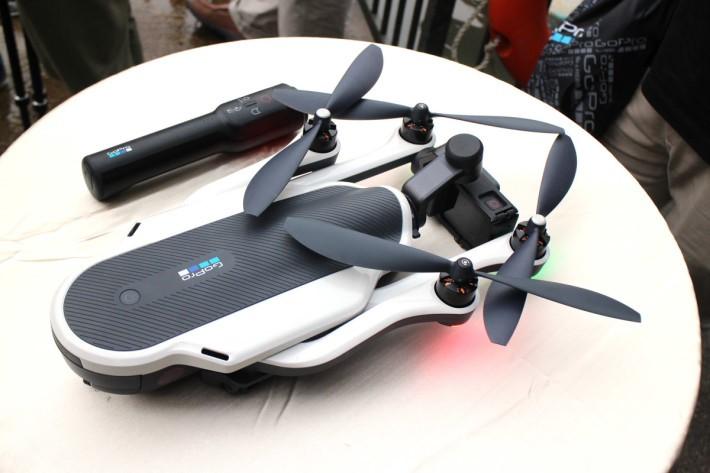 Karma Drone體積細而且旋翼軸臂可以接疊,令收藏及攜帶比現時的航拍機更方便。