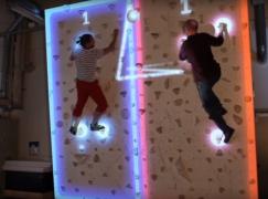 【好想玩】AR x 室內攀石=另類乒乓波?!