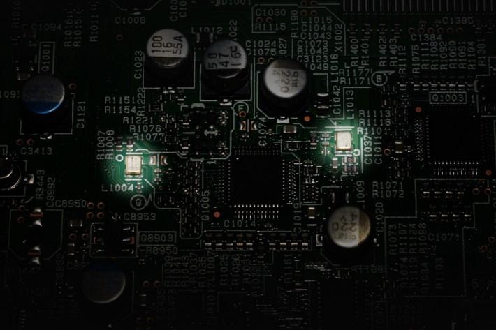 SC-LX901 採用全新開發的 PQFA 時基誤差抑制技術(Precision Quartz File-based Audio 精準石英檔案音訊),可改善播放網絡或 USB 記憶體音樂檔案的音質。