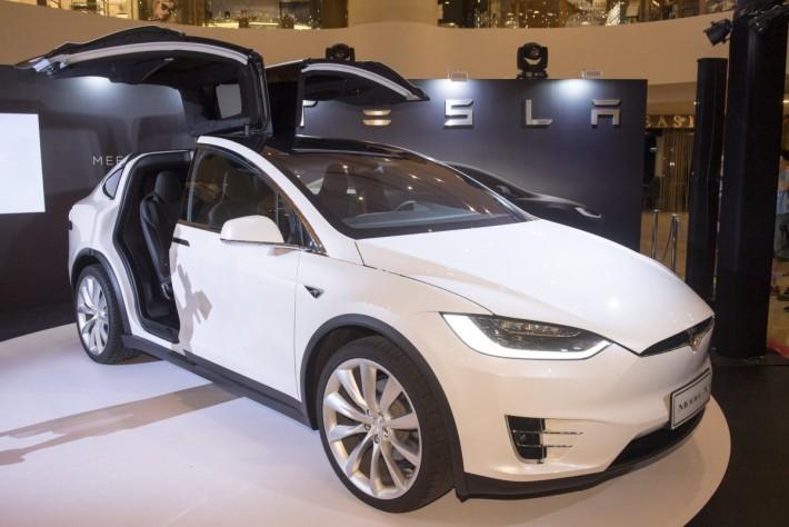 100516_Tesla_DSC1473s