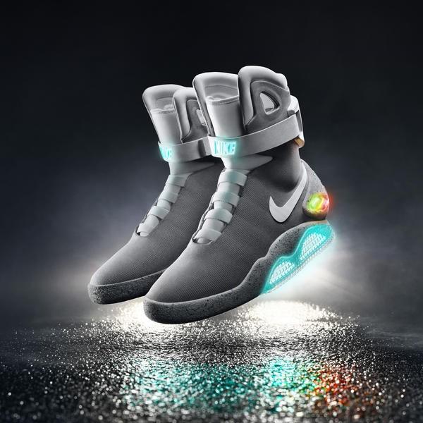 2015-Nike-Mag-01_native_600