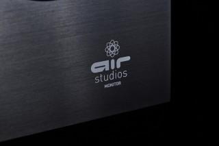 SC-LX901 貴為旗艦級型號,得到英國倫敦著名的專業錄音室 Air Studio 的認證,表現更受到肯定。