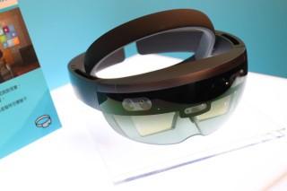 KKBOX 選擇了 Microsoft 的 HoloLens 作為 AR 使用領域的試點。