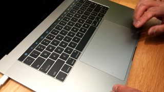 大了一倍的 Force Touch Trackpad 也相當醒目