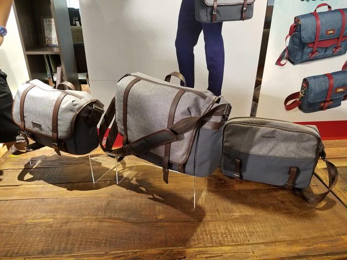 Windsor 系列備有四個款式,設計走英倫風格,並使用皮革襯托和金屬扣襯托。