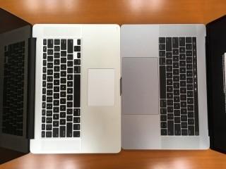 """舊 15"""" MacBook Pro (左)和新15"""" MacBook Pro,新機鍵盤的鍵明顯較密,而Trackpad就大了一倍。"""