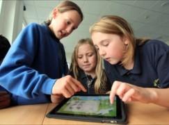 英國議員呼籲學校減少利用 iPad 教學